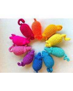 PET BRANDS Crochet Ball Catnip Toy